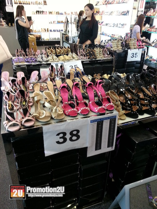 Promotion LYN Shoes & Aceessories Sale 80-90 off @ Central Rama 2 P3