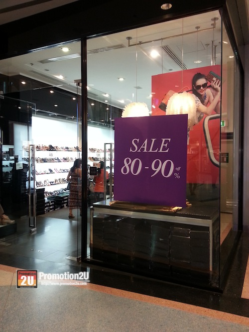 Promotion LYN Shoes & Aceessories Sale 80-90% off @ Central Rama 2