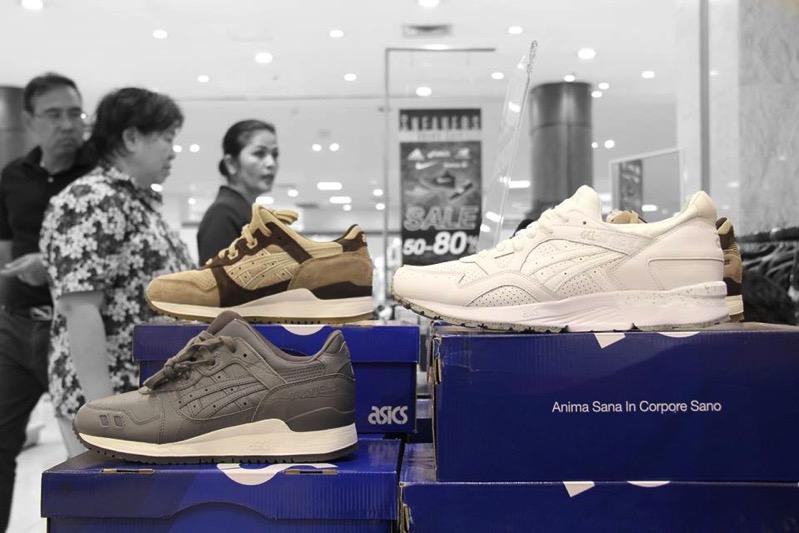 Promotion Isetan Sneakers Grand Sale 50  80 P08