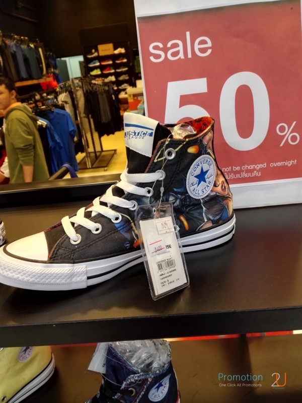 Promotion Converse Sale 50 at sportdome P01