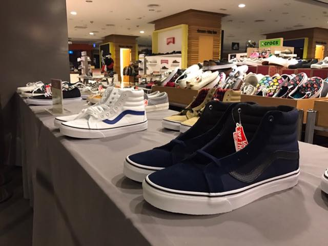 Promotion VANS Sale up to 50 Off at Central Ladprao  Mar 2017 P01