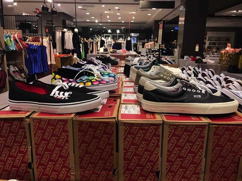 Promotion VANS Sale up to 50 Off at Central Ladprao  Mar 2017 P02