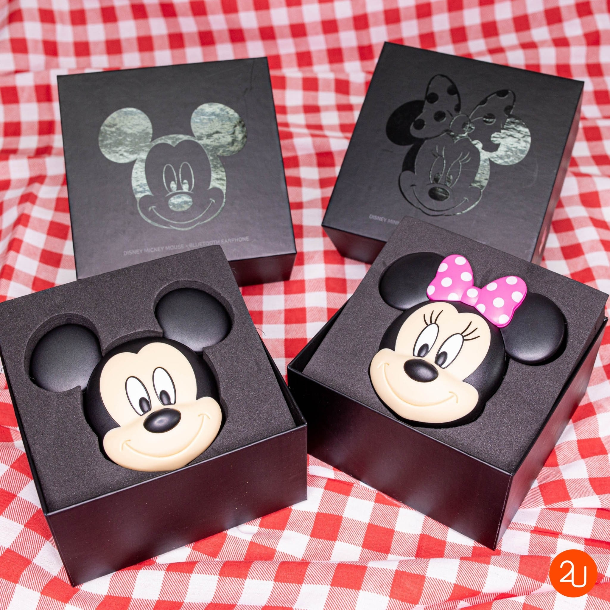 Baskin Robbins Limited Edition Disney Mickey Mouse Bluetooth earpiece (1)